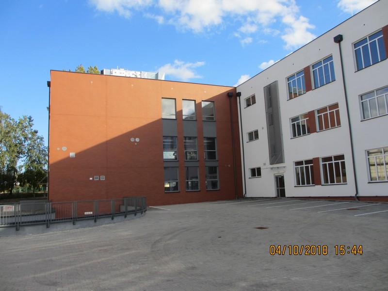 budowa szkół